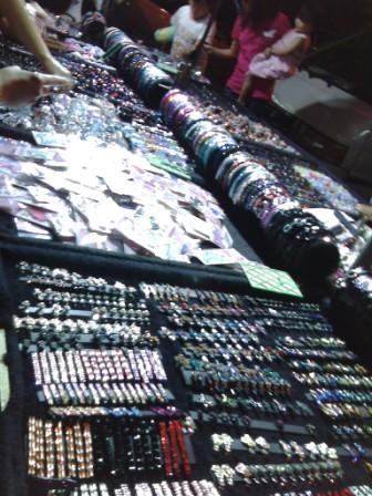 customjewelry-pasarmalam3