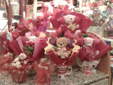 famous-amos-teddybearhampers