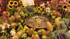 Floral arrangement Kwan Inn Teng temple for Wesak