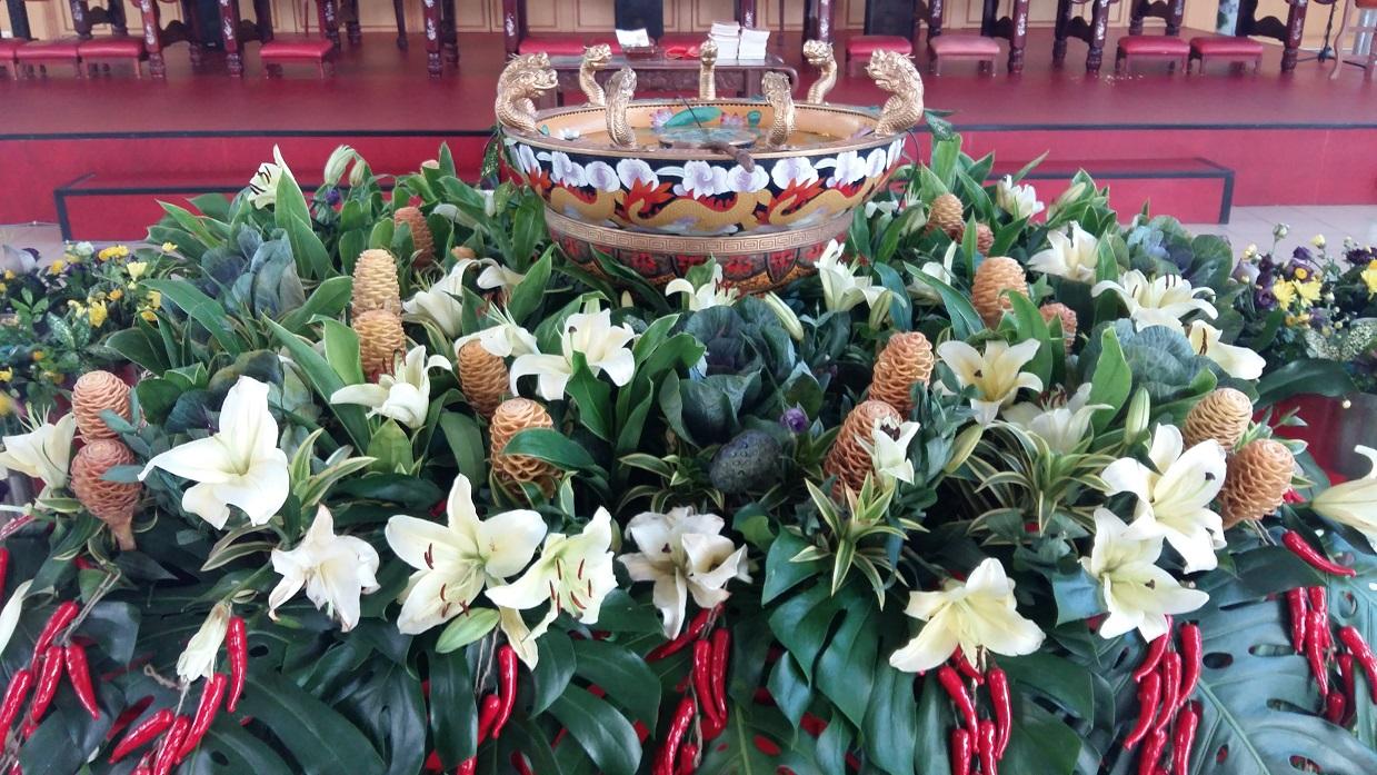 Sau Seng Lam Wesak floral arrangement