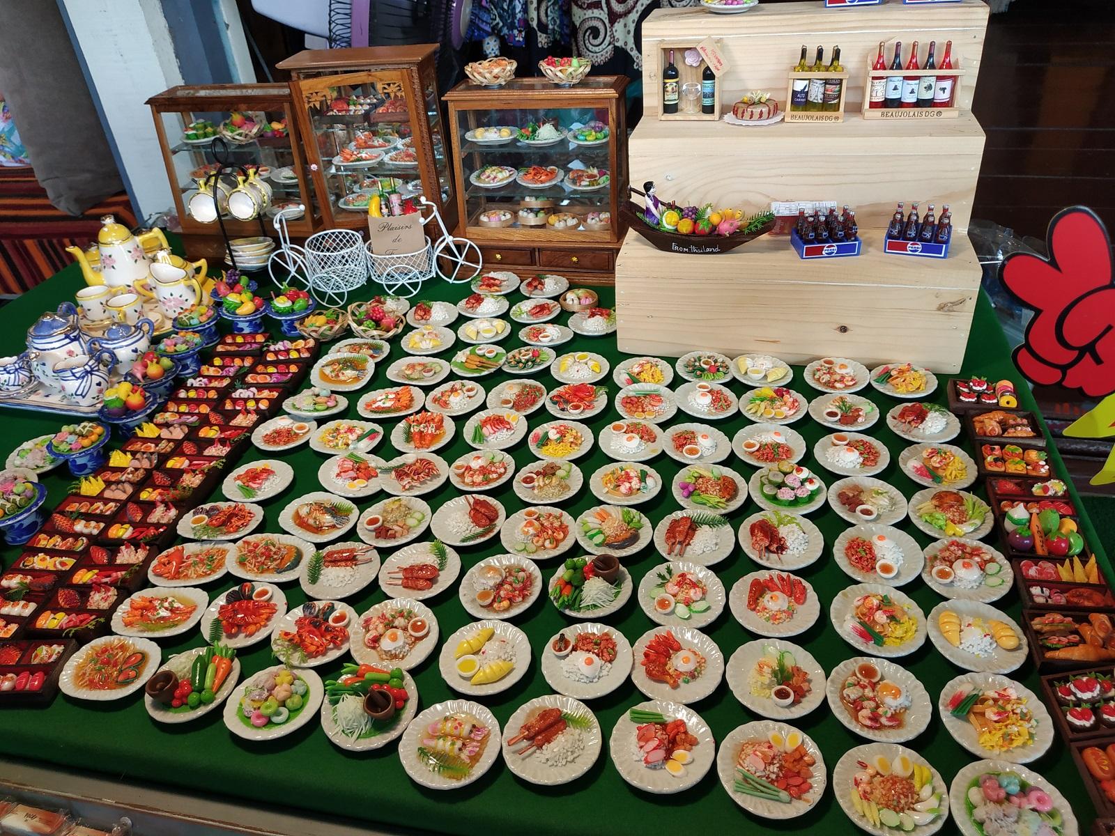 Miniature Thai dishes decoration
